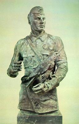 Портрет дважды Героя Советского Союза Степана Супруна. Бронза. 105х66х55 см. 1984 г.