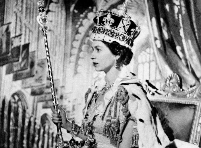 Елизавета II во время коронации. Снимок из открытых источников в интернете.
