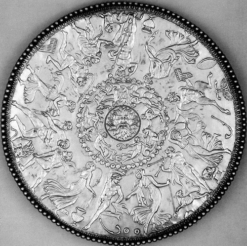Клад римского столового серебра IV века из Милленхолла.