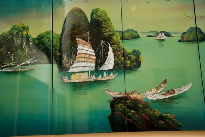 Изображение знаменитого залива Халонг в Северном Вьетнаме. Лак.