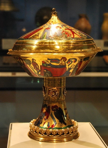 «Кубок французских и английских королей». Британский музей.