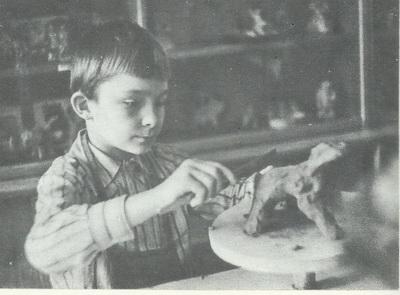 Максим Лахов, 9 лет. Работа с глиной.