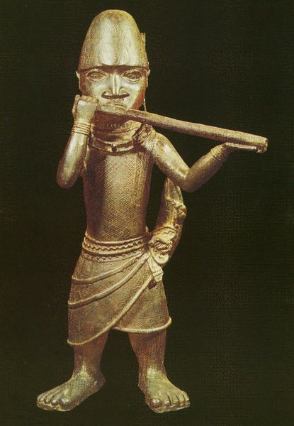 Трубач. Бенин. Нач. XVII в. Бронза. Лондон, Музей человечества.