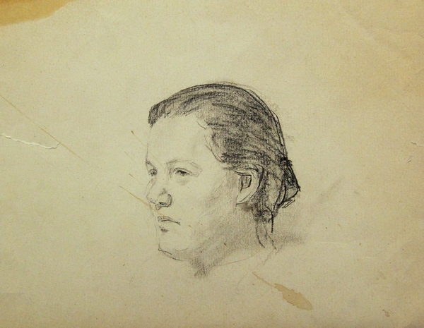 В.Г. Гремитских.  Женская голова. Бумага, карандаш.