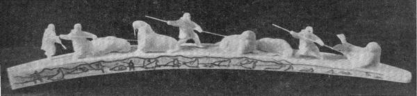 Хухутан. Забой моржей на лежбище. Резьба по моржовому клыку. 1964 г.