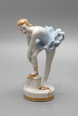 Статуэтка «Юная балерина», скульптор Малышева Н. А., фарфор Дулево, 1970-80 гг.